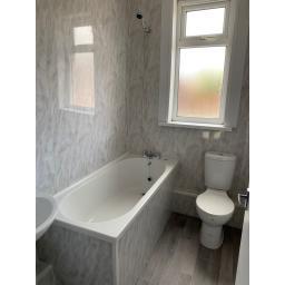 Bathroom large 2.jpg