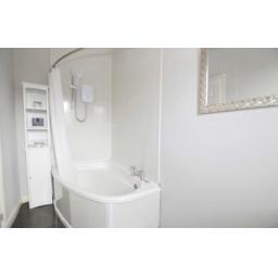 38 Pine Street Bathroom.jpg