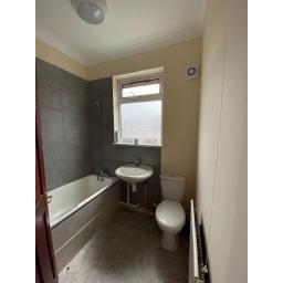 22 lightfoot terrace Bathroom.jpg