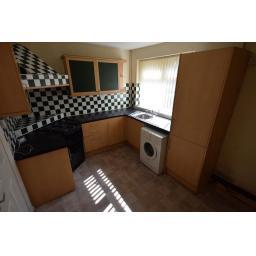 19 Thorpe Street Kitchen.jpg