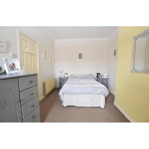 38 Pine Street Bedroom.jpg