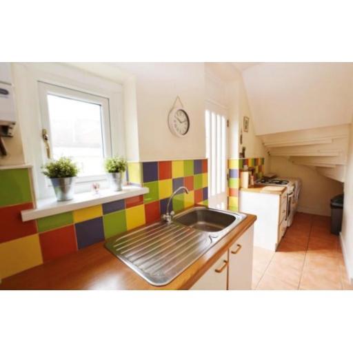 38 Pine Street Kitchen 2.jpg