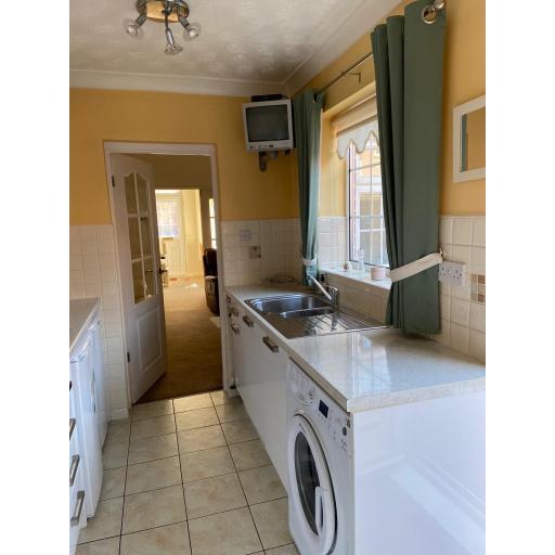 5 Third Street Kitchen 2.jpg