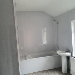 Ferversham Terrace 17 bathroom complete.jpg