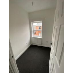 31 Dale Street Bedroom 2.jpg