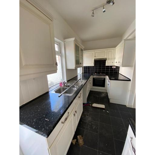 33 Bessemer Street kitchen.jpg
