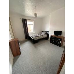 Rennie Street 42 Bedroom 1.jpg
