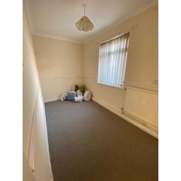 1 Arthur Street Bedroom.jpg