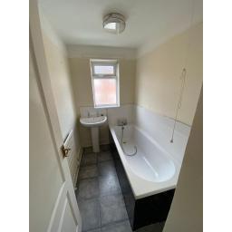 33 Bessemer Street Bathroom.jpg