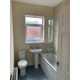 William Street 3 bathroom.jpg