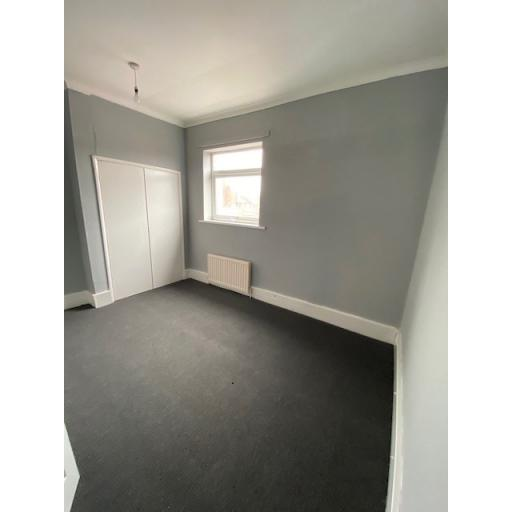 25 Third Street Bedroom 1.jpg