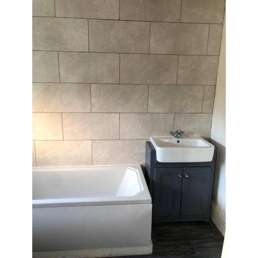 27 Church Street Bathroom.jpg