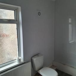 Ferversham Terrace 17 toilet complete.jpg