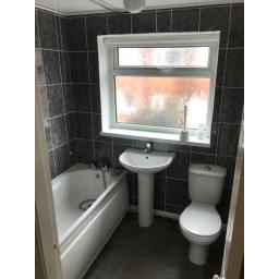 55 Queen Street Bathroom.jpg