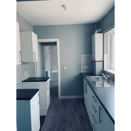 Kitchen Large 4.jpg