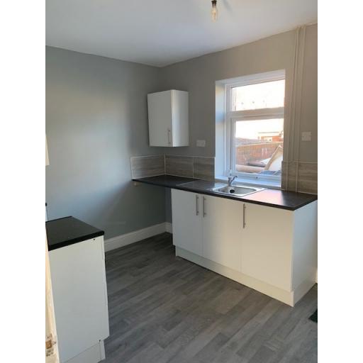 Hawthorn Terrace - Kitchen 2.jpg