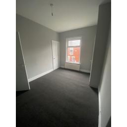 21 Eigth Street  complete bedroom.jpg