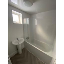 18 Windsor Street Bathroom.jpg