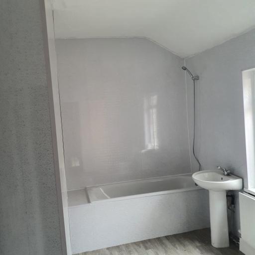 Ferversham Terrace 17 bathroom complete.jpg