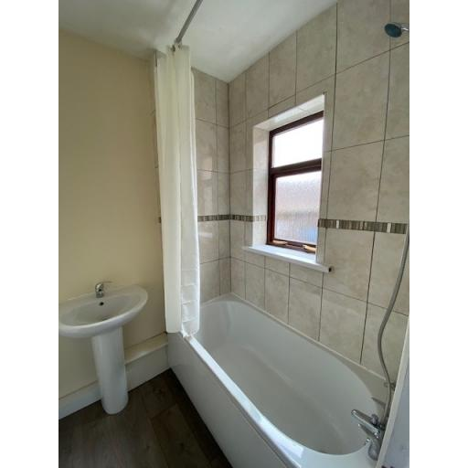 Fairy Street Bathroom 2.jpg