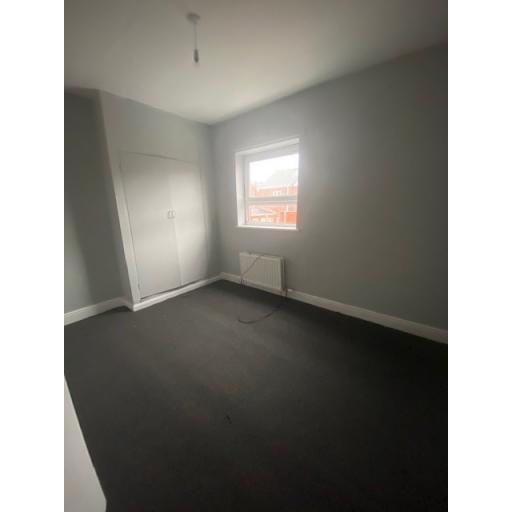 21 Eigth Street  complete bedroom 2.jpg