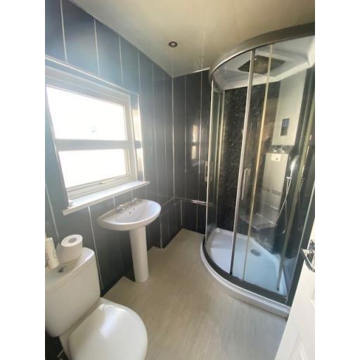 4 Bircham shower.jpg
