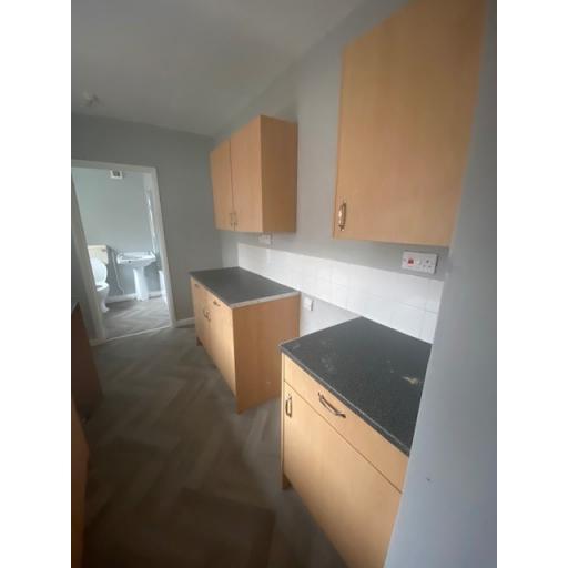 21 Eigth Street  complete Kitchen.jpg