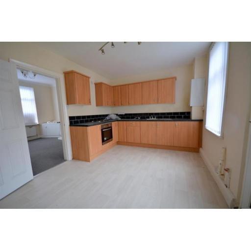 29 Lambton Kitchen.jpg