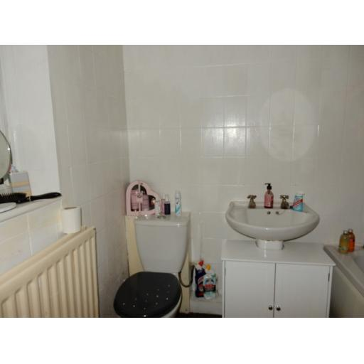 Easinton Street Bathroom.jpg