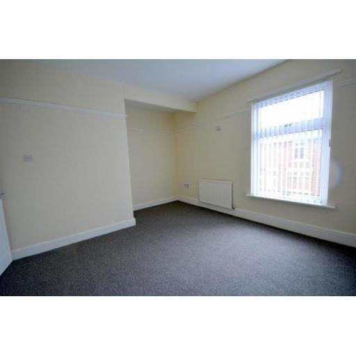 29 Lambton Bedroom.jpg