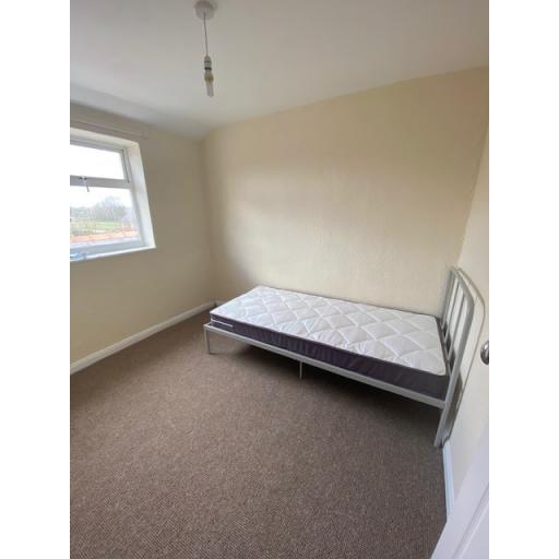 Chapel Bedroom 2.jpg