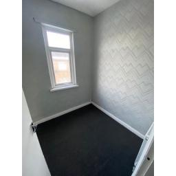 18 Windsor Street bedroom 3.jpg