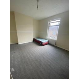9 South Street Bedroom 2.jpg