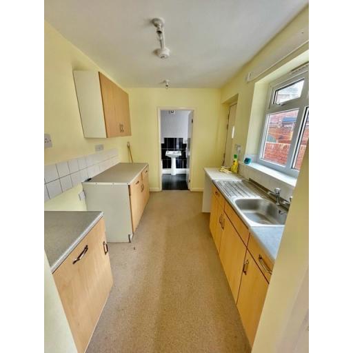 22 Fourth Street kitchen.jpg