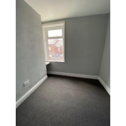 30 Ilchester Bedroom 2.jpg