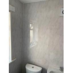 28 Seventh Street Bathroom 2.jpg