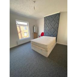 40 Arthur Street Bedroom 2.jpg